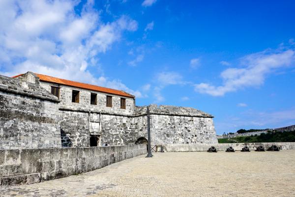photo 201412-Havana-OldHavana-2_zpsbd8f7qxq.jpg
