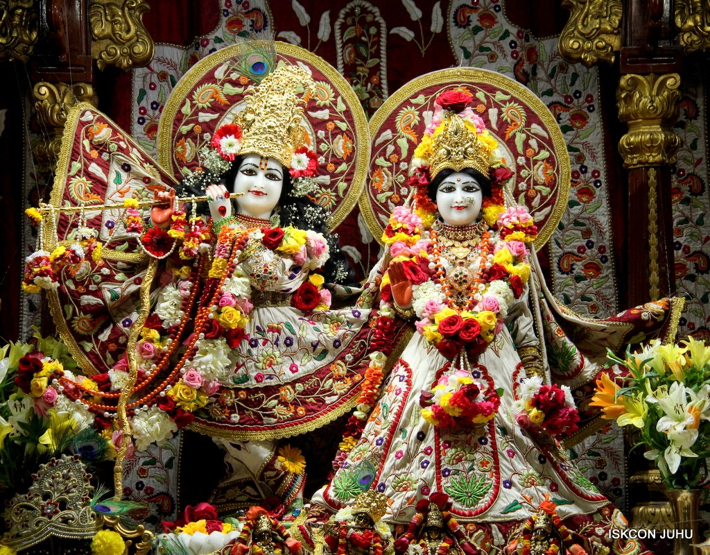 ISKCON Juhu Sringar Deity Darshan on 2nd Jan 2017 (3)