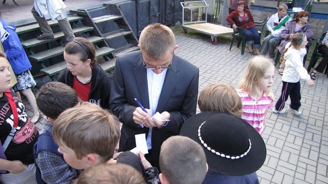 Festyn Rodzinny - Parafialnego Zespołu Caritas oraz Rady Dzielnicy Mały Kack - festyn200.JPG
