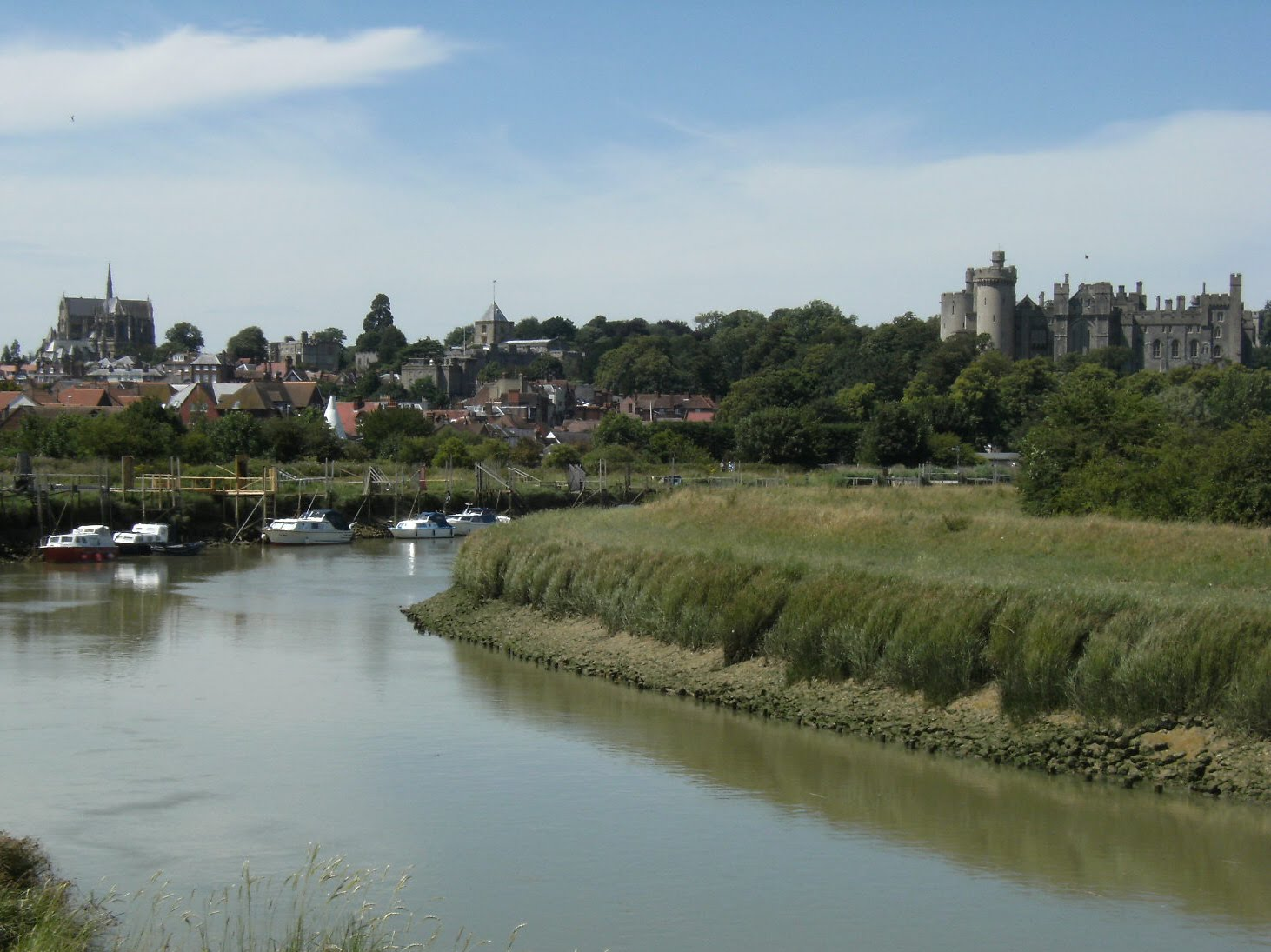 1007190093 Arundel from the river