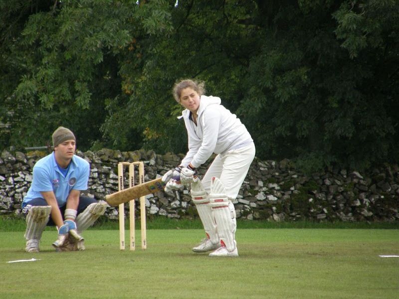 Cricket-Ladies-2010-NS13