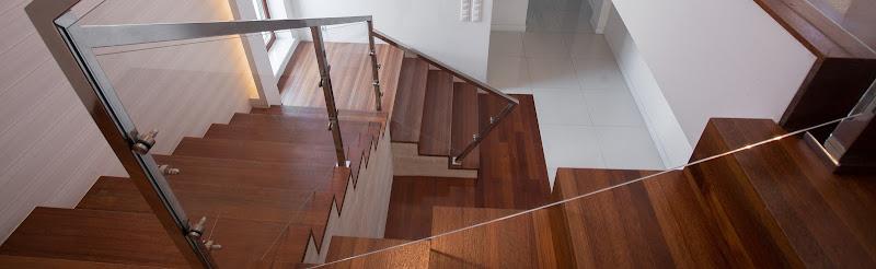 vue plongeante d un escalier