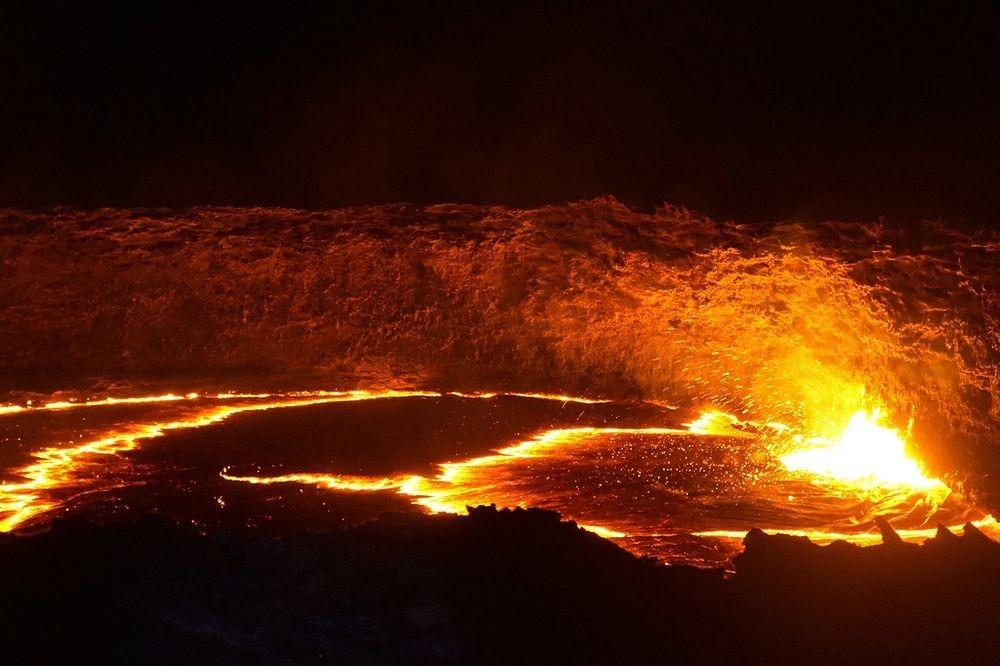 lava-lake-erta-ale-4