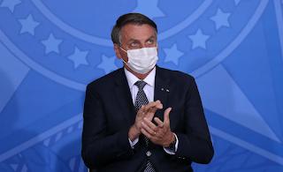 Bolsonaro reage a CPI com expressões homofóbicas