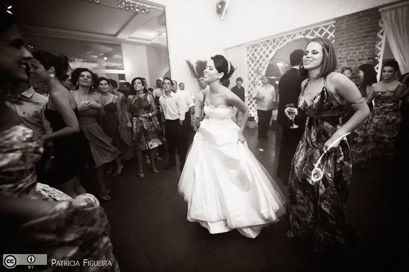 Foto de casamento 2493pb de Nathalia e Fernando. Marcações: 04/12/2010, Casamento Nathalia e Fernando, Niteroi.