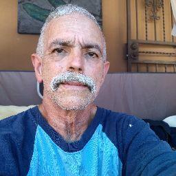 user Jorge Salomon apkdeer profile image