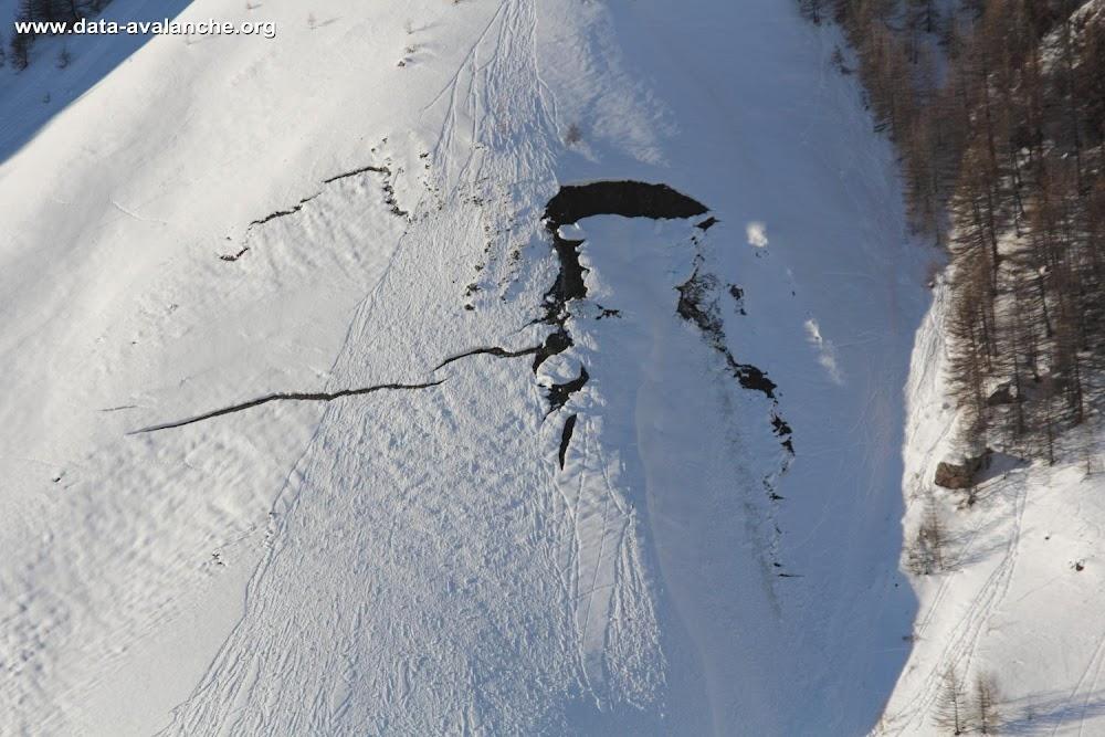 Avalanche Oisans, secteur Pied du Col, Passe du Midi - Photo 1