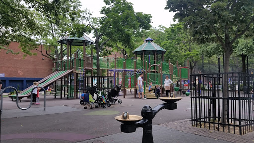Park «Travers Park», reviews and photos, 76-9 34th Ave, Jackson Heights, NY 11372, USA