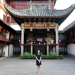 chinese girl at Yu Garden in Shanghai in Shanghai, Shanghai, China