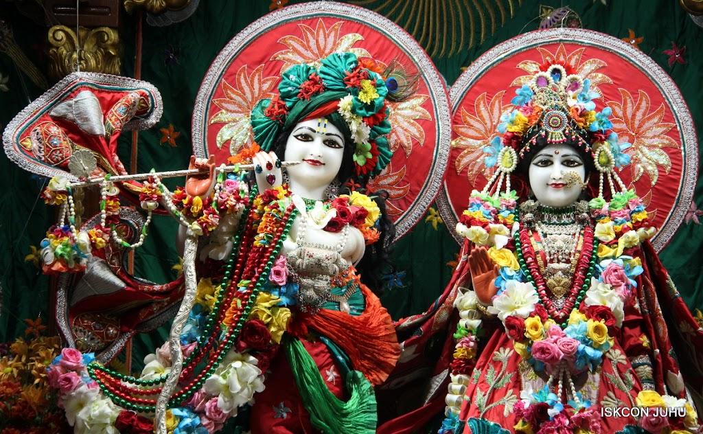 ISKCON Juhu Sringar Deity Darshan on 28th Aug 2016 (5)