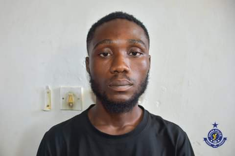 Ghana Police Arrests iPhone Fraudster  At Accra Mall