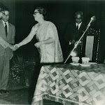 Receiving the Wattamull award from PM Nehru in the presence of Mrs. Wattamull 1962, New Delhi.jpg