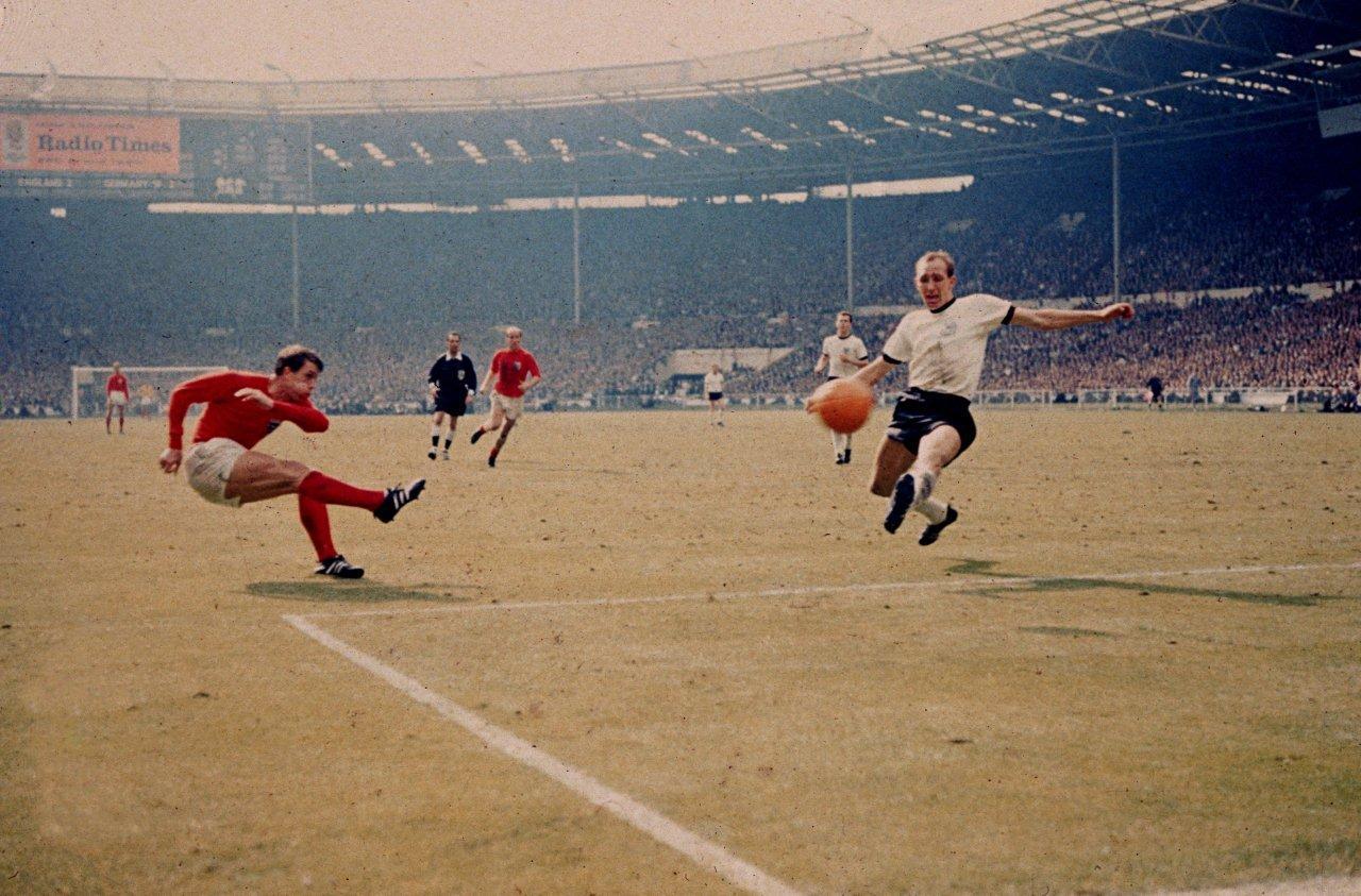 Geoff Hurst scores - England 3 W. Germany 1