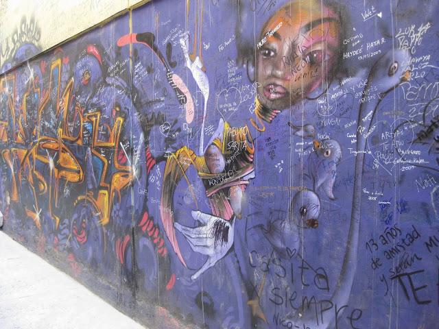 Valparaiso Grafitti - IMG_0956.JPG