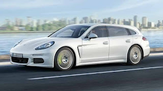 Porsche Panamera Turbo Sport Turismo wagon