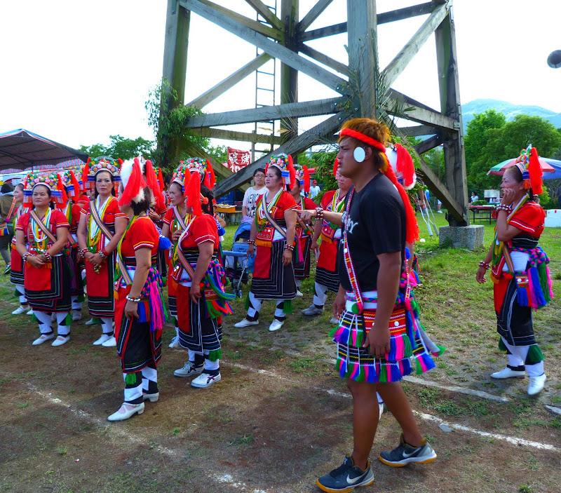 Hualien County. Liku lake. Danses Amis J 2 - liyu%2B2%2B418.JPG