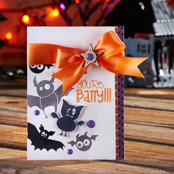 You're Batty! Have fun making a handmade Halloween card with the You're Batty stamp set from Spellbinders. Stamp all the bats onto a white card base for a simple and fun-to-make Halloween card!