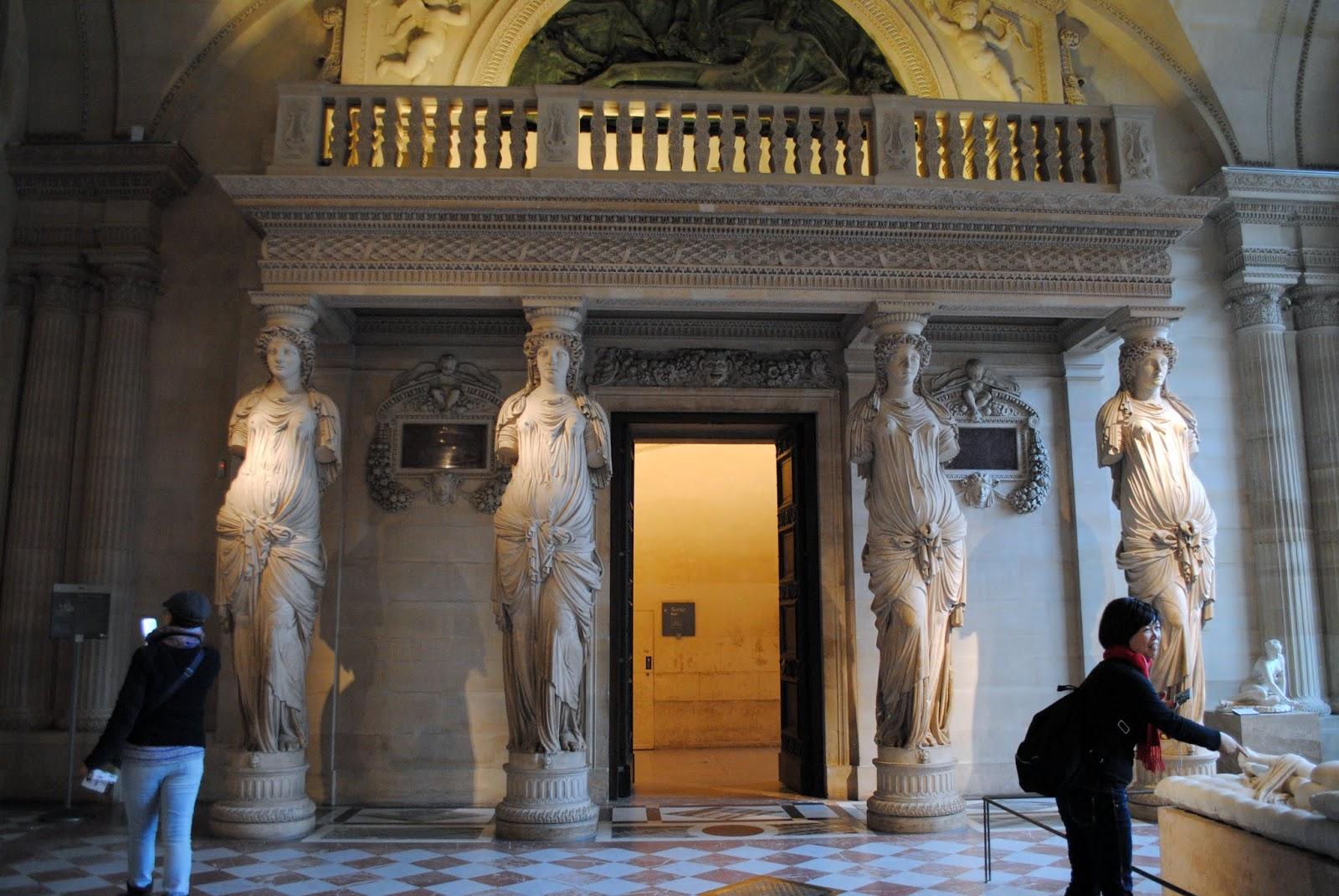 My Photos: France -- Paris -- Musée de Louvre -- Salle des Caryatides -- Salle des Caryatides