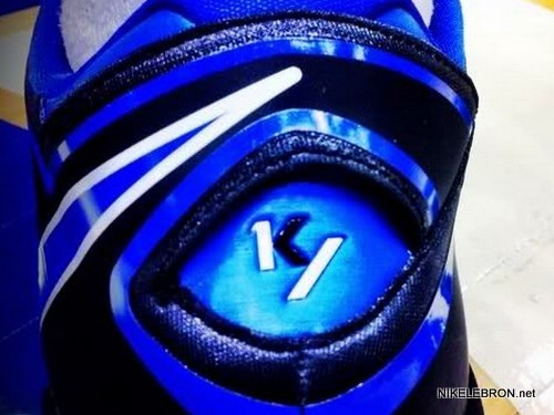 blue kyrie irving shoes lebron james shoes basketball