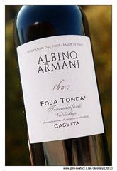 albino-armani-casetta-foja-tonda