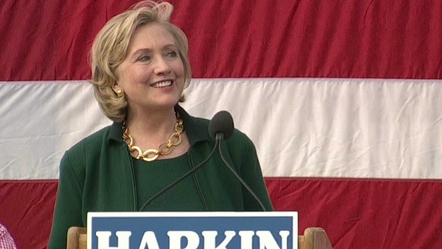 Clinton takes no chances at campaign stops