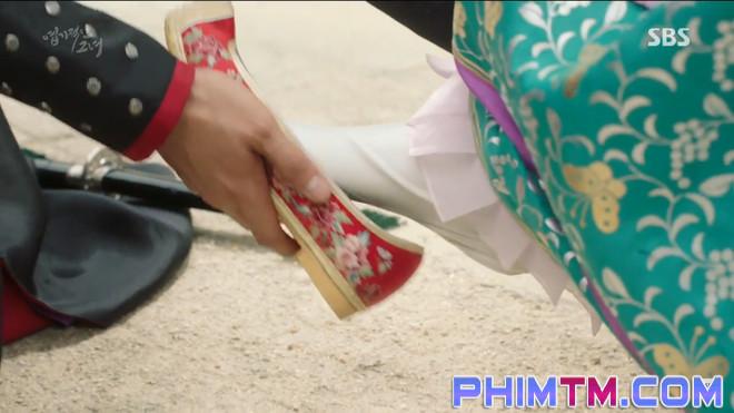 """""""My Sassy Girl"""": Joo Won """"ăn hành"""" liên tục nhờ phúc """"bà con xa"""" của Tiểu Yến Tử - Ảnh 37."""