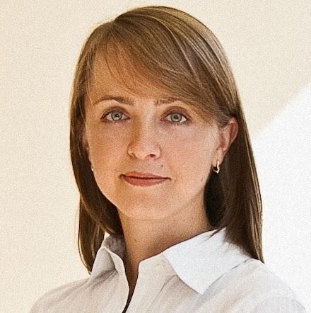 Anna Starkova Photo 6
