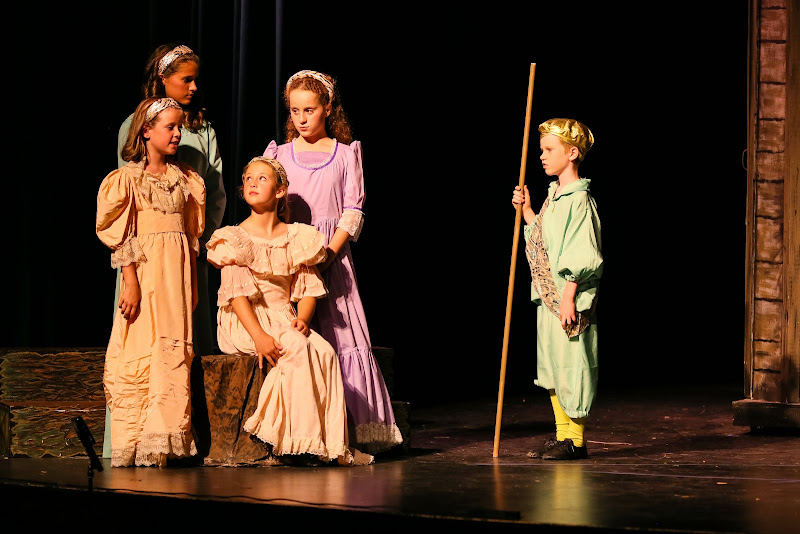 2014Snow White - 21-2014%2BShowstoppers%2BSnow%2BWhite-5771.jpg