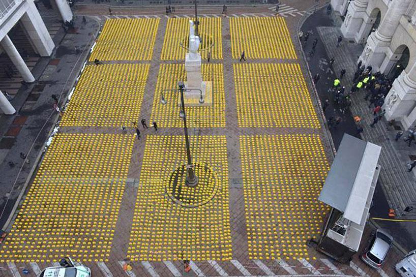 *10000頂黃色頭盔:視覺藝術的無聲抗議! 4