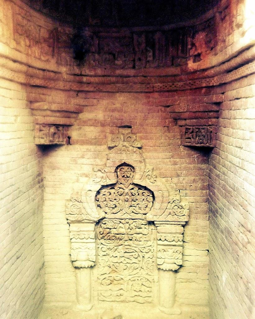 Tomb_7