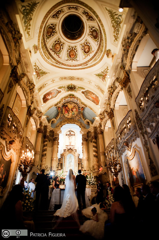 Foto de casamento 0726 de Monique e Joel. Marcações: 04/09/2010, Casamento Monique e Joel, Igreja, Igreja Nossa Senhora da Lapa dos Mercadores, Rio de Janeiro.