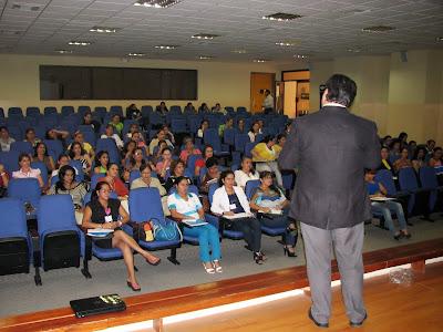 """Ponencia """"de Asistentes Ejecutivas a Asistentes 2.0"""" (13 Abril 2013)"""