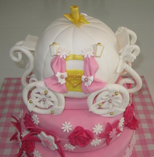 925- Assepoester koets taart.JPG