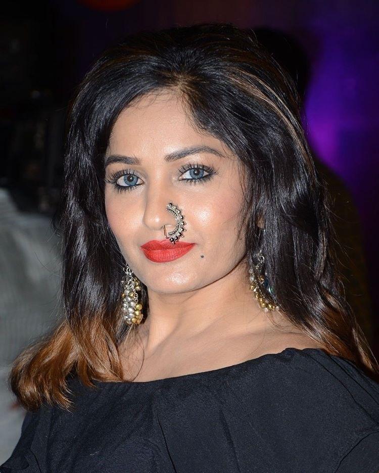 Actress Madhavi Latha Stills From ZeeTelugu Apsara Awards