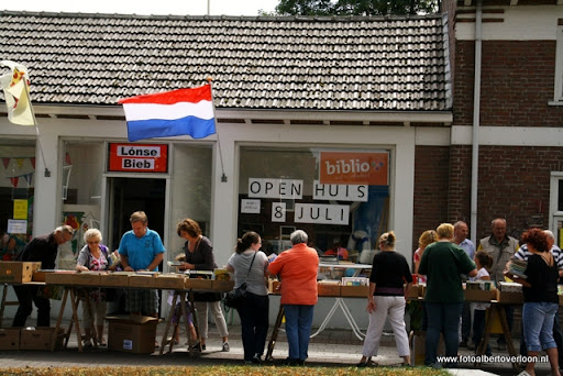 open huis bieb overloon 08-07-2011 (2).JPG