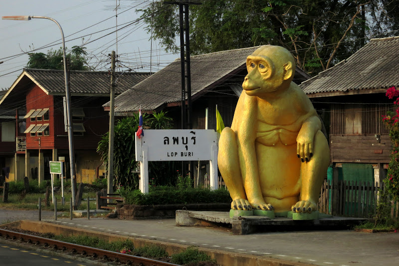 Golden monkey statue at Lop Buri