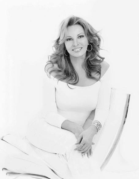Raquel Welch Profile Pics Dp Images