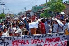 Aksi Protes BLT DD Jadi 200.000