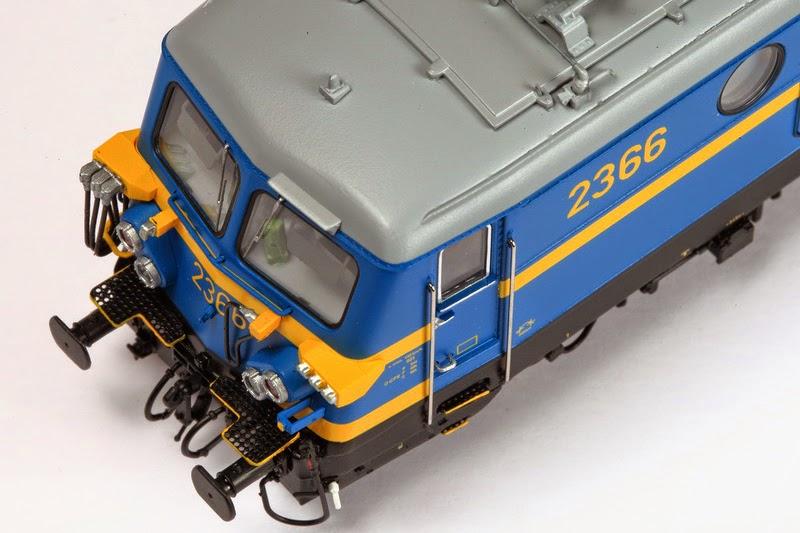 Van Biervliet HO 2366 tpV (VB-3001) en 2311 tpIV  en (VB-3002) 01-12-2013 199,00 IMG_6879.JPG
