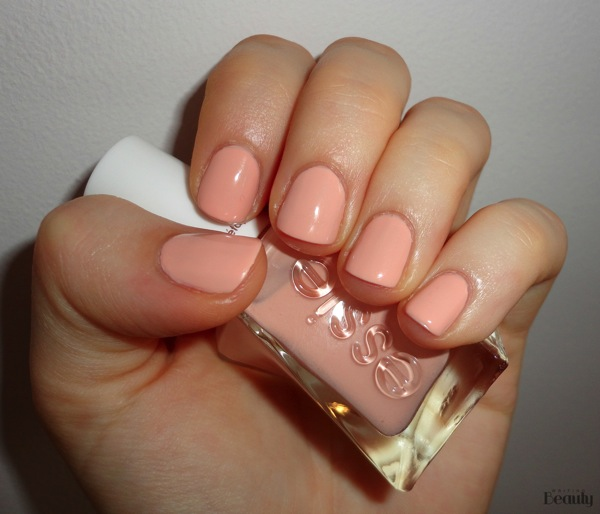 Essie Gel Couture Spool Me Over Review