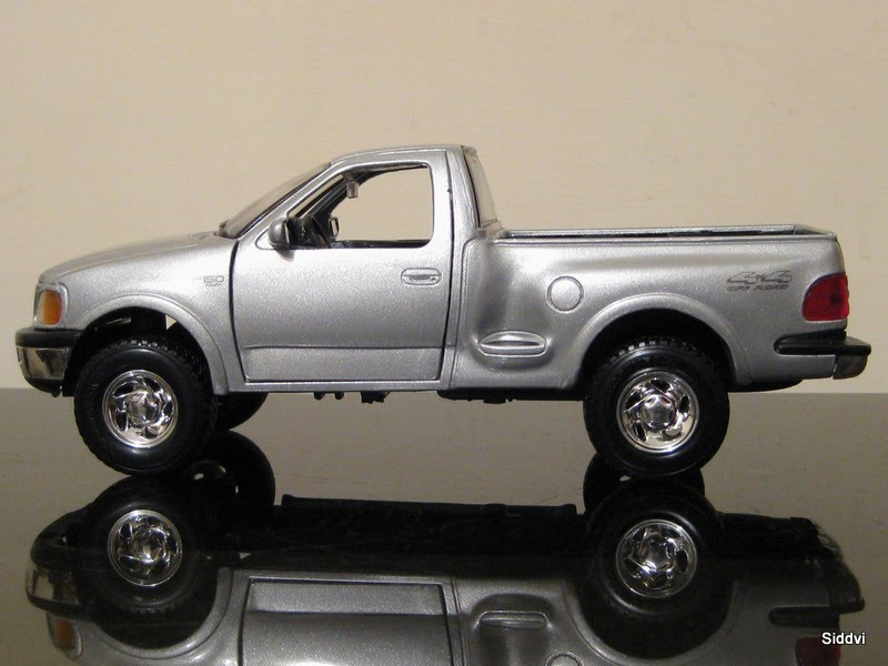 auto diecast scale models 1997 ford f150 flareside auto diecast models. Black Bedroom Furniture Sets. Home Design Ideas