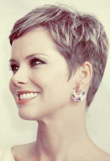 how to wear a pixie haircut