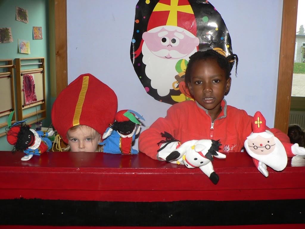 Sinterklaas op bezoek - P1270275.JPG