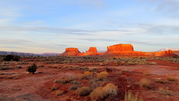 Sunrise buttes