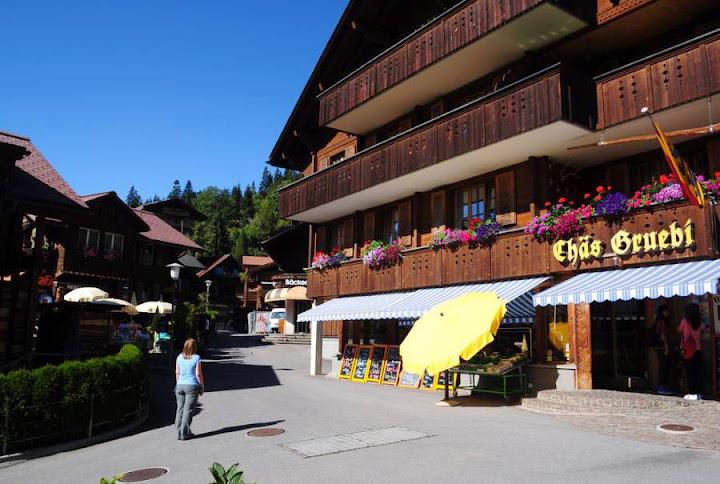 Деревня Венген в Швейцарии 4