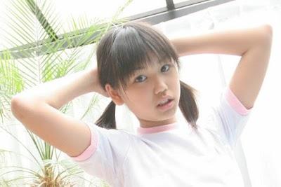 Honoka Ayukawa Photo Gallery in her 11yo