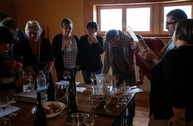 Assemblage des chardonnay milésime 2012 - 2013%2B09%2B07%2BGuimbelot%2Bd%25C3%25A9gustation%2Bd%25E2%2580%2599assemblage%2Bdu%2Bchardonay%2B2012%2B110.jpg
