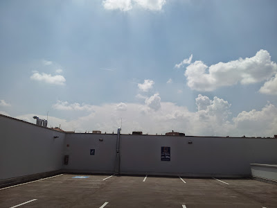 Am Hoferparkplatz und schönes Wetter