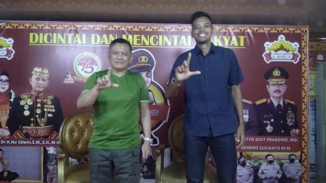 Mantan Kapten Timnas Volley Ball Indonesia Silaturahmi ke Irjen Pol. (Purn.) Drs. H. Ike Edwin