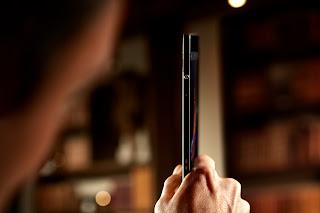 Xperia_Tablet_Z_Side_Profile.jpg